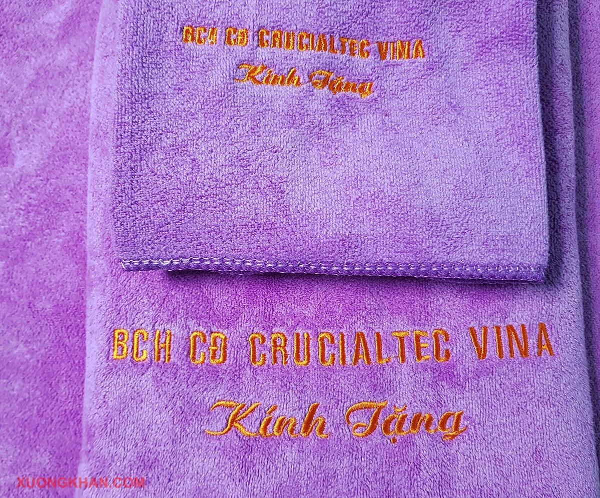 Khăn quà tặng thêu logo doanh nghiệp